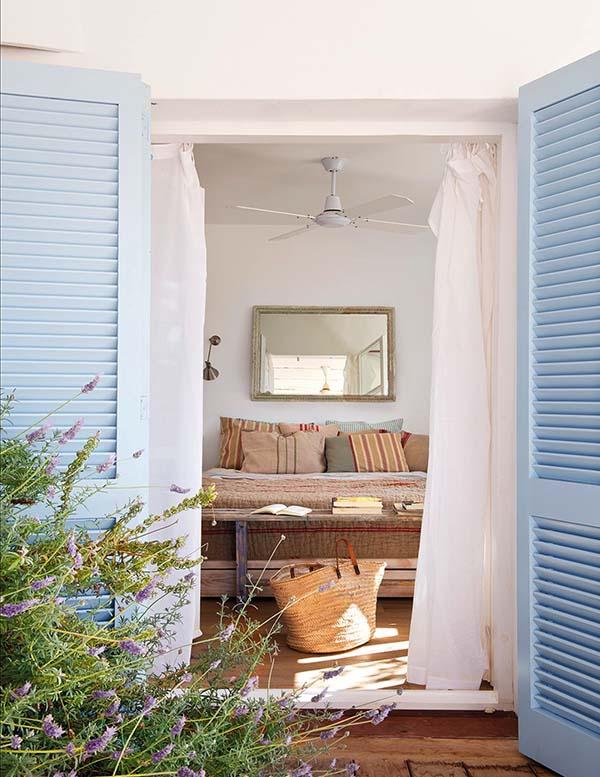 Una casa en formentera con mucho encanto for Casas estilo romantico