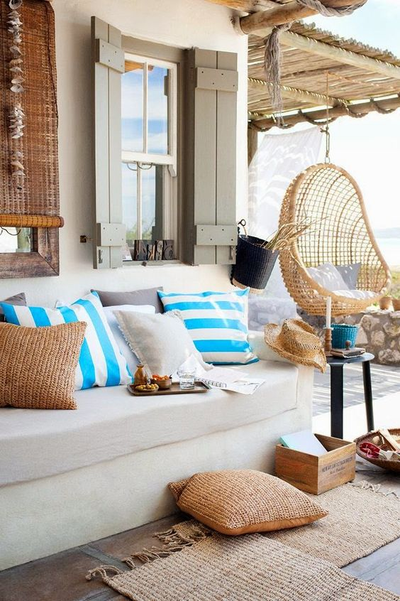 Patios y terrazas de estilo mediterr neo for Appartamenti decor
