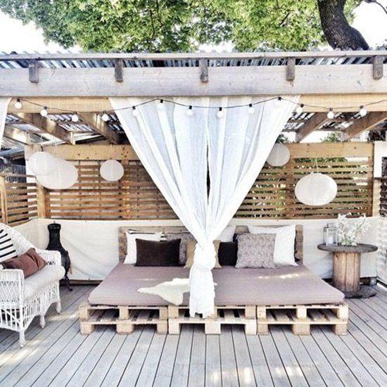 Muebles de exterior low cost con pallets para la terraza - Sillones low cost ...