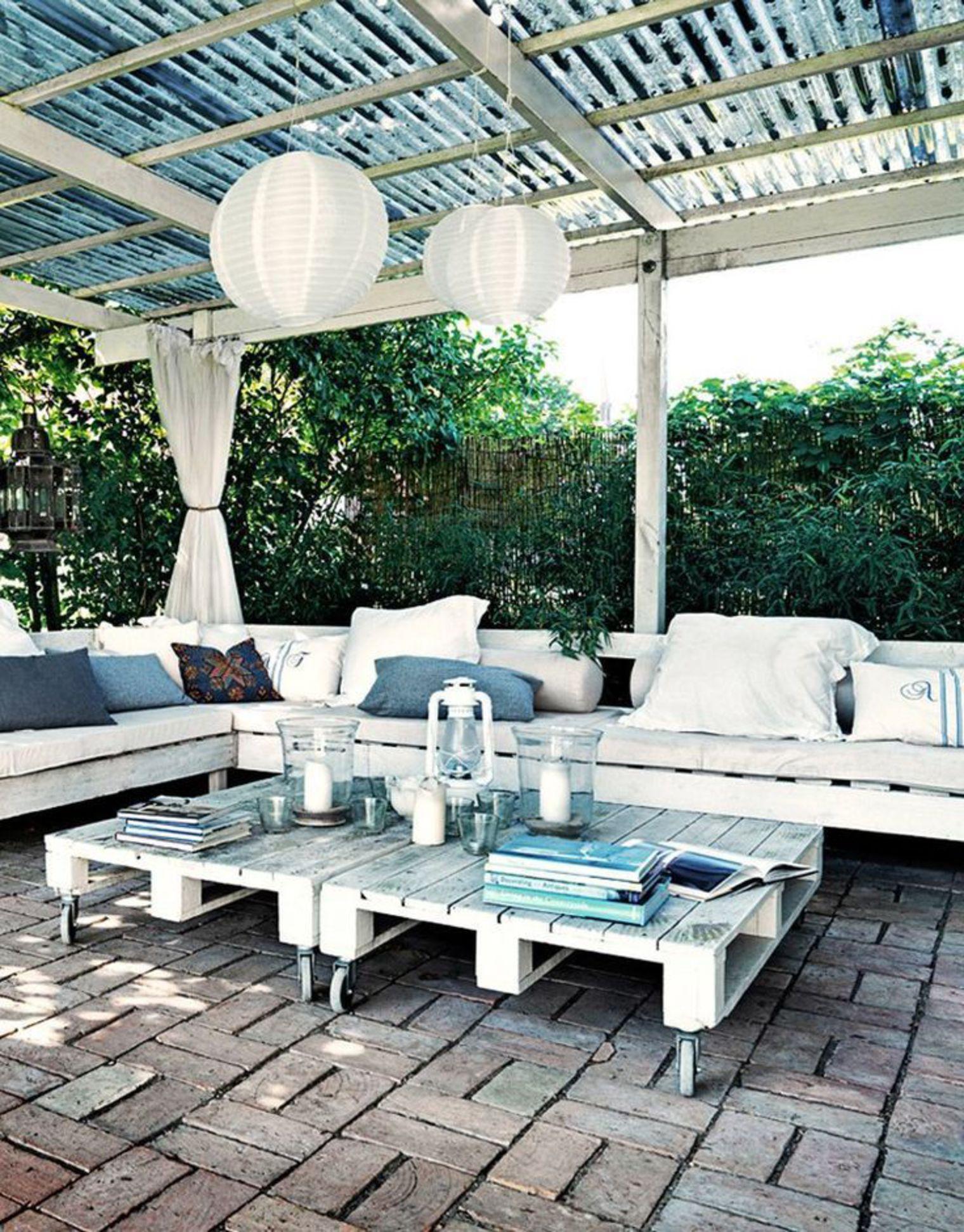 Muebles de exterior low cost con pallets para la terraza - Bancos de exterior ...