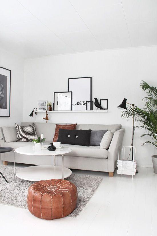 Ideas para decorar la pared encima del sof - Que poner encima de una comoda ...
