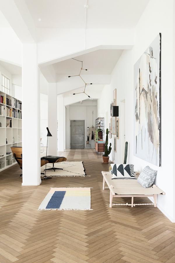 suelos de espiga una tendencia que nunca pasa de moda. Black Bedroom Furniture Sets. Home Design Ideas