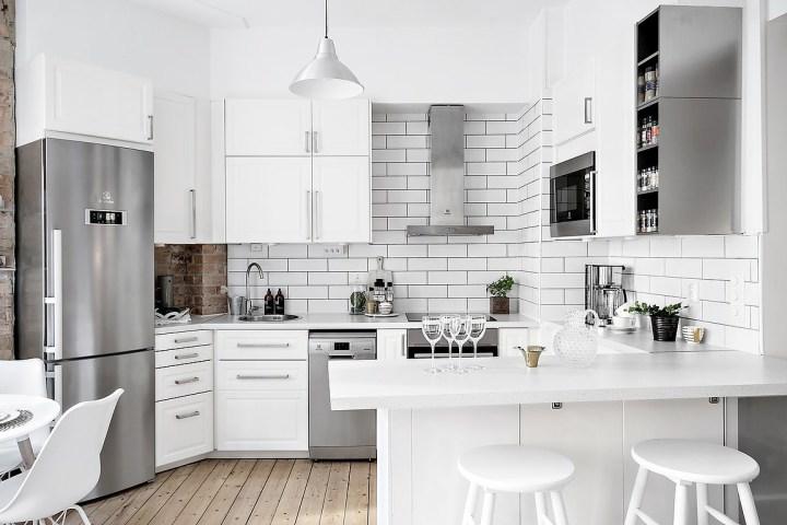 Un encantador mini apartamento con cocina abierta