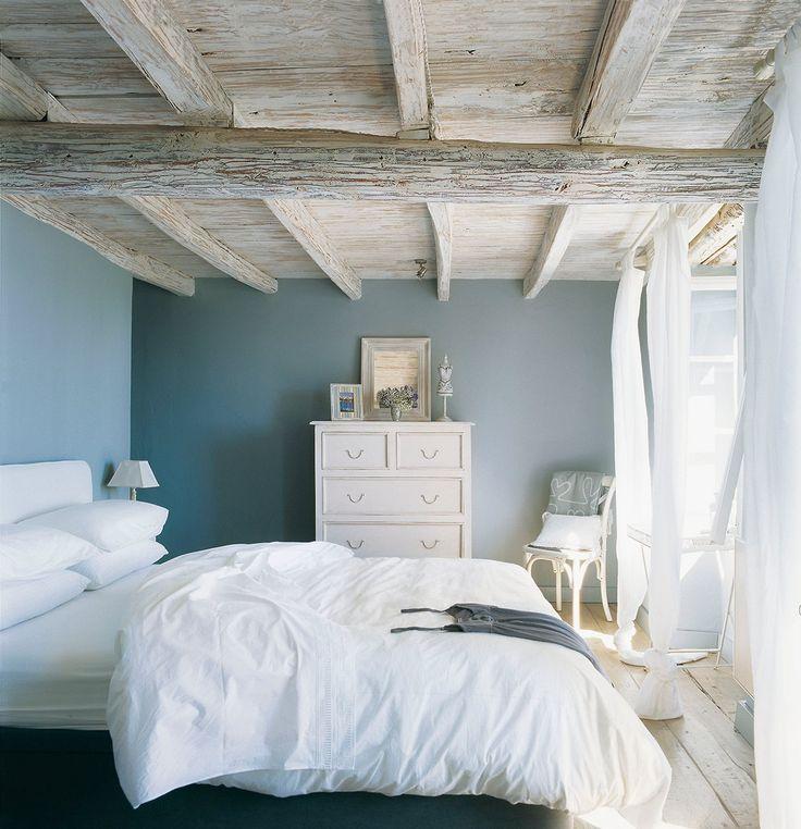 8 consejos para decorar estancias con techos bajos - Cortinas rusticas dormitorio ...