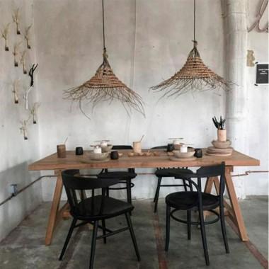 Pantalla Bali, M
