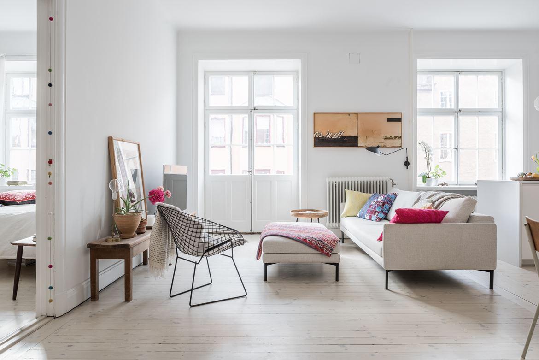 Una vivienda minimalista con decoraci n vintage for Decoracion viviendas