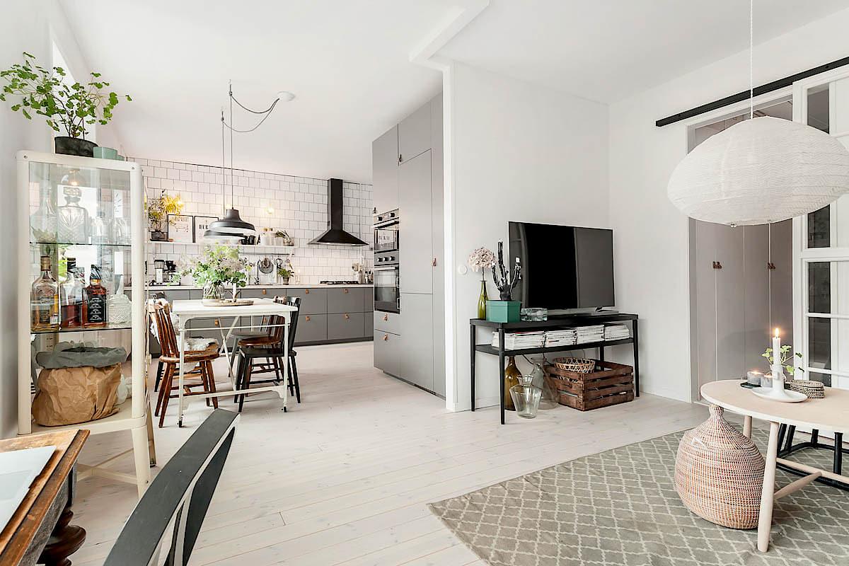 Una gran cocina en un apartamento mini con mucho estilo-488-mivinteriores