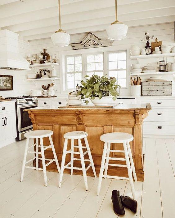 ¿Cómo crear un office en tu cocina?